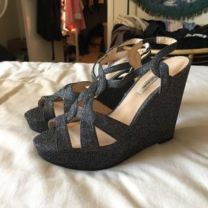 SPARKLY WEDGES